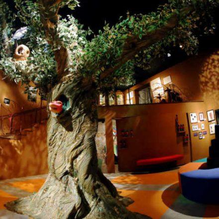Estação Pinheiros recebe exposição sobre o Castelo Rá-Tim-Bum