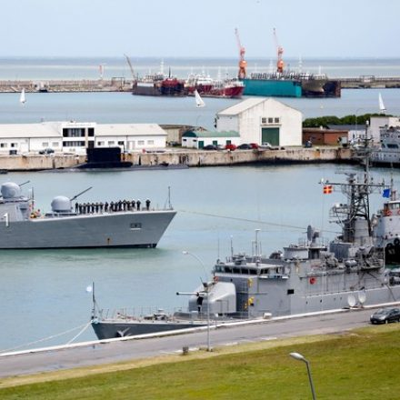 Argentina faz megaoperação para resgatar submarino; oxigênio pode estar no fim