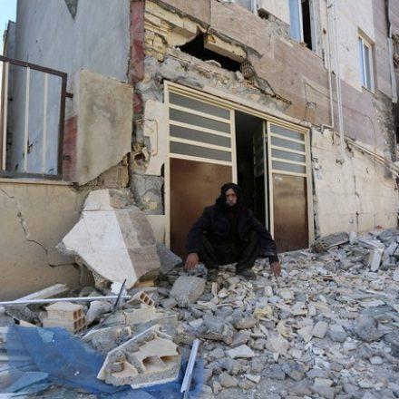 Número de mortos após tremor na fronteira entre Iraque e Irã passa de 300