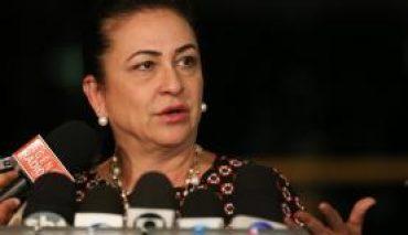 PMDB expulsa senadora Kátia Abreu