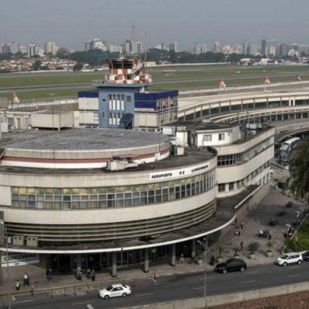 Aeroporto de Congonhas recebe corais de Natal