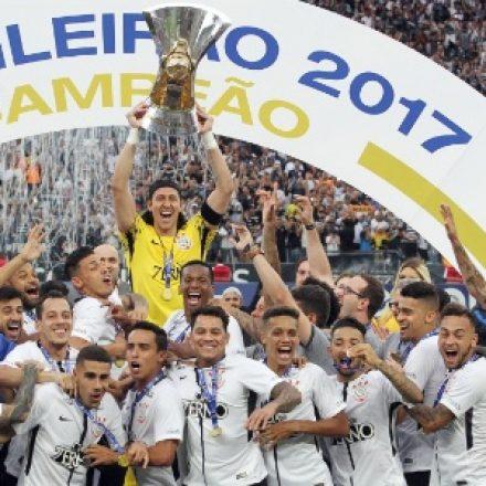 Três atletas renovam seus contratos com o Corinthians
