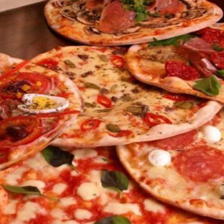 Torcedores da Portuguesa confiscam pizza dos atletas após derrota