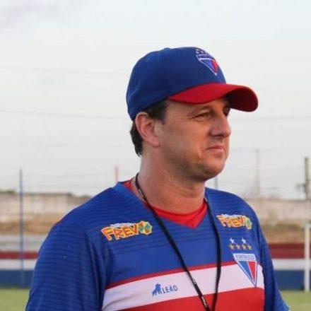 Marcelo Paz garante permanência de Rogério Ceni no Fortaleza