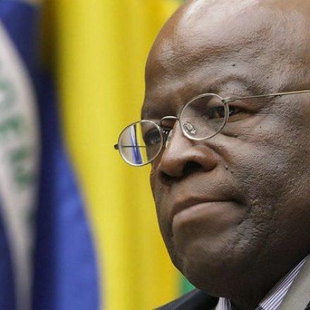 Joaquim Barbosa anuncia que não será candidato à Presidência