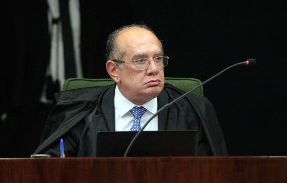 Senadores pedem análise para impeachment de Gilmar Mendes
