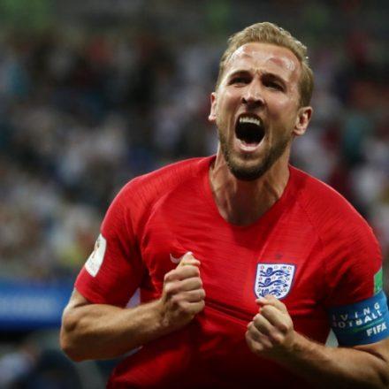 "Kane celebra ""momento mágico"" após salvar Inglaterra e cita jogo do Brasil"
