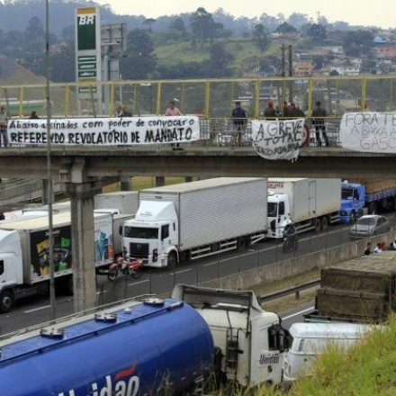 Prefeitura suspende restrição de caminhões em São Paulo nesta semana