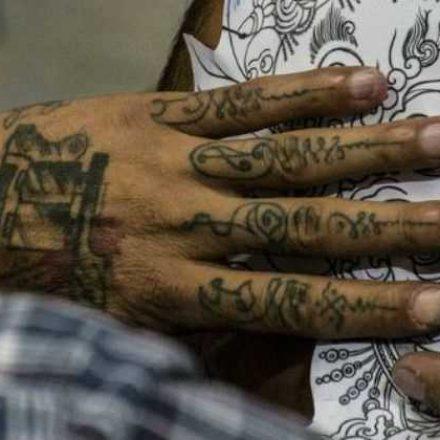 Estúdio de tatuagem sem alvará é regra em SP