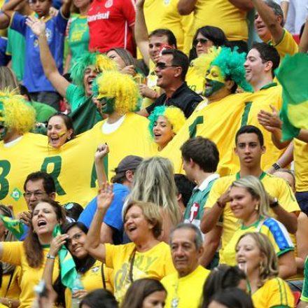 Escolas e bancos só abrirão depois do jogo do Brasil, amanhã