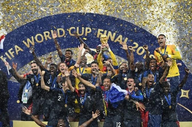 França vence a Croácia e conquista o bi da Copa do Mundo