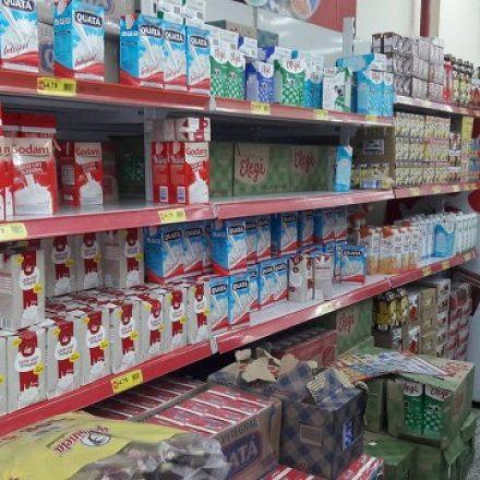 Com seca e greve, valor do litro de leite dispara
