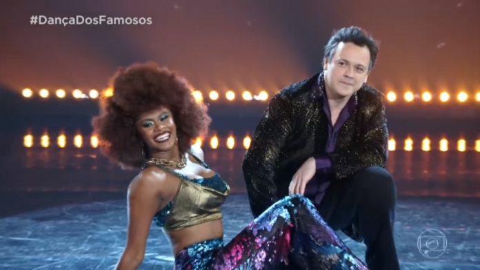 Danton Mello surpreende e estreia na liderança no Dança dos Famosos