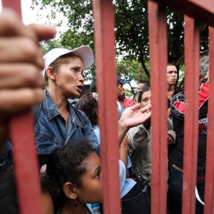 Fronteira entre Brasil e Venezuela é reaberta