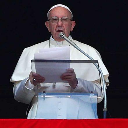 Papa diz que nunca haverá ações suficientes para reparar danos por abusos