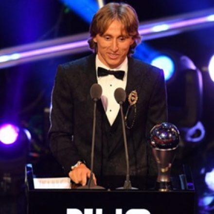 Fifa The Best: Modric bate Cristiano Ronaldo e Salah e é eleito melhor do mundo
