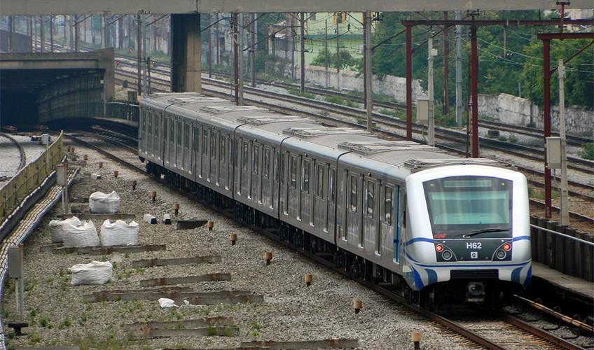 Música nas estações e trens faz explodir queixas ao Metrô