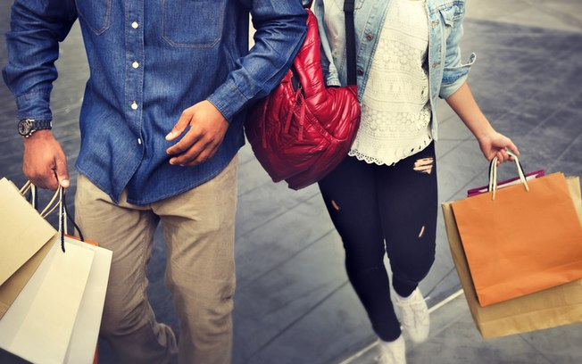 Confiança do Consumidor sobe após dois meses de quedas, aponta FGV