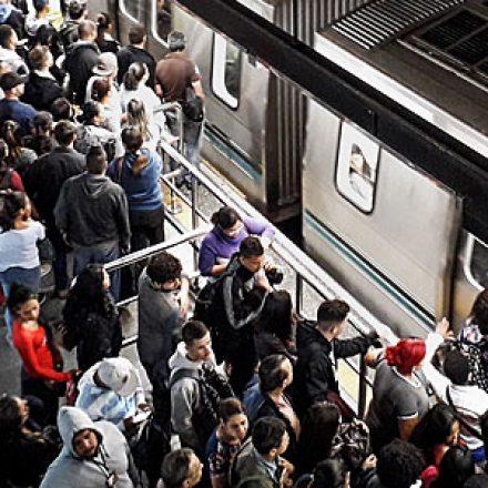 Orçamento 2019 prevê menos grana para metrô e trens