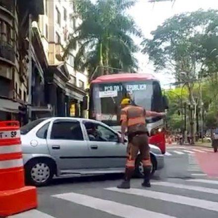 CET informa que hoje é dia do programa Sexta Sem Carro, no centro de São Paulo