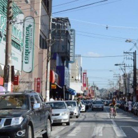Final de ano deve abrir até 2,1 mil contratações temporárias na região de Suzano