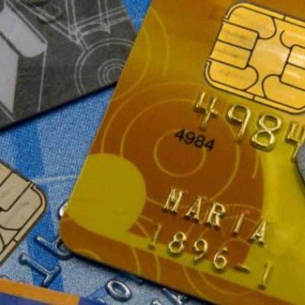 Compras com cartões sobem 14,7% no 3º trimestre