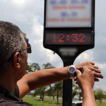 Horário de verão começa à meia-noite deste próximo domingo, também data do ENEM