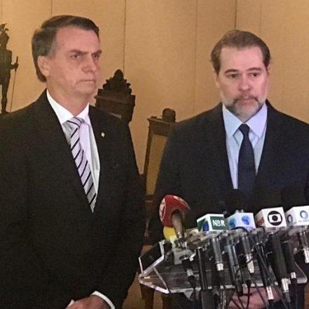 Bolsonaro parabeniza Toffoli por vetar liminar que poderia beneficiar Lula
