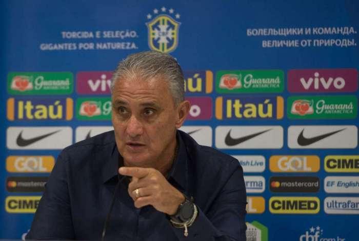 Tite diz que não irá se encontrar com Bolsonaro antes ou depois da Copa América