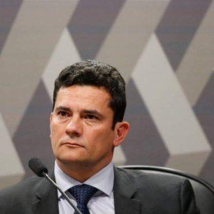 Bolsonaro determina que Polícia Federal garanta segurança de Sérgio Moro e familiares