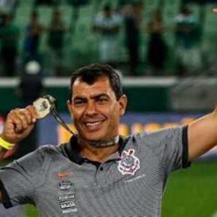 Carille diz que Ronaldo Fenômeno teve influência em sua volta ao Corinthians