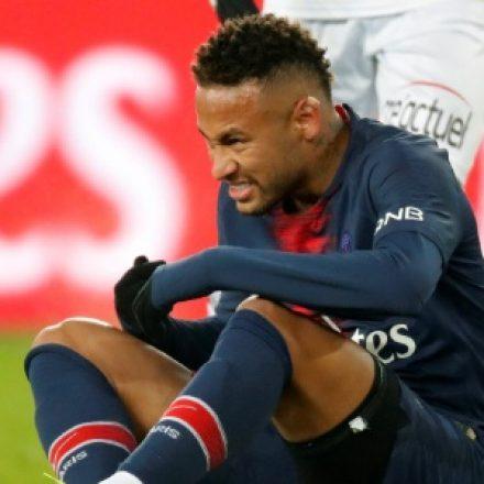 """Neymar vê fama de """"cai-cai"""" como algo injusto"""