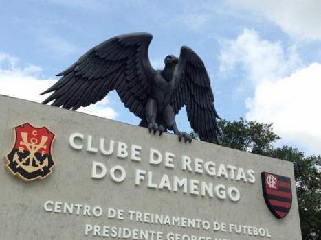 Ministério Público e Defensoria do Rio pedem bloqueio de recursos do Flamengo