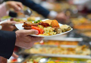 Quatro em cada dez vendem vale-refeição