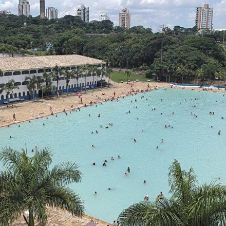 SESI abre piscinas a preços acessíveis para a população em São Paulo e ABCD