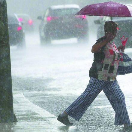Ao menos 10 pessoas morreram por causa das chuvas neste ano na Grande SP