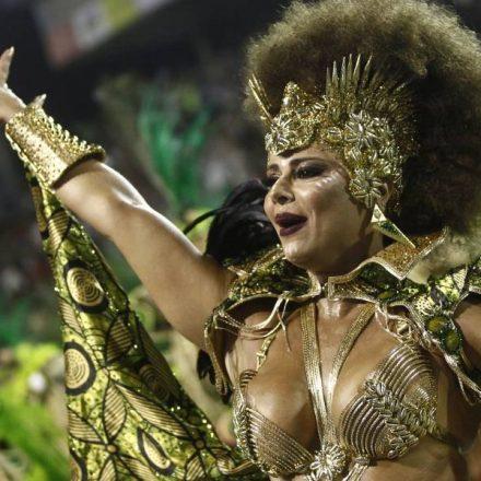 Mancha Verde é a campeã do desfile de Carnaval em São Paulo pela primeira vez