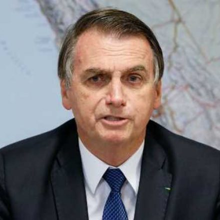 Nenhum novo imposto será criado, em especial para as igrejas, diz Bolsonaro