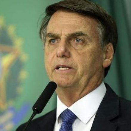 Bolsonaro elogia a imprensa e diz esperar que 'pequenas diferenças fiquem para trás'