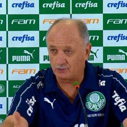 Felipão diz que cogitou tirar Palmeiras de campo após VAR anular gol de Deyverson