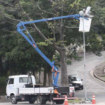 Iluminação pública será reforçada no Pq. Laguna, em Taboão da Serra