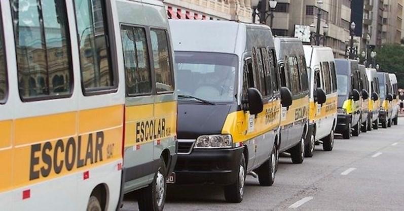 Fiscalização encontra vans escolares em situação precária em SP