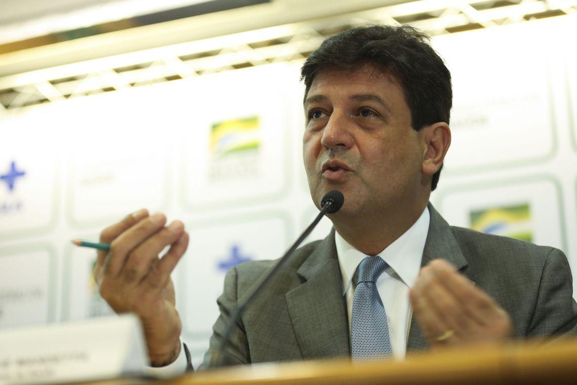 Campanha de vacinação contra gripe será prorrogada, diz ministro