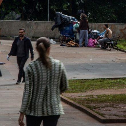 Movimentos de população de rua contestam projeto de revitalização do centro