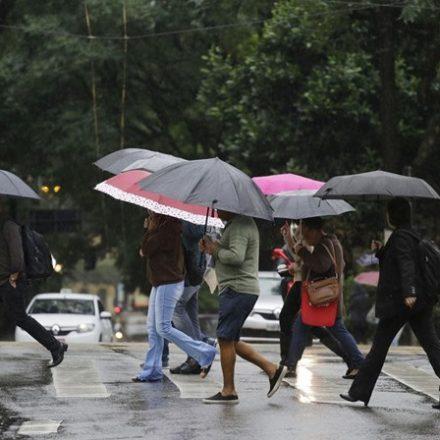 Em três dias, São Paulo recebe 40% da chuva esperada para junho