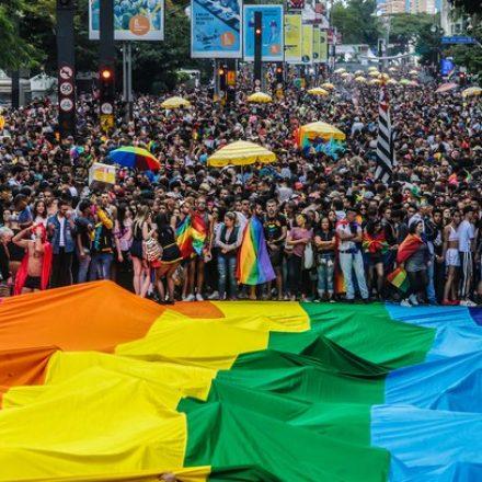 Parada do Orgulho LGBT deve atrair até 15% mais turistas a SP nesta edição