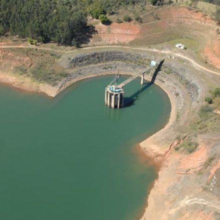 Água desperdiçada no país equivale a quase sete sistemas Cantareira