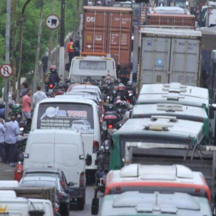 Licenciamento: carros com placa final 3 devem quitar débito em junho