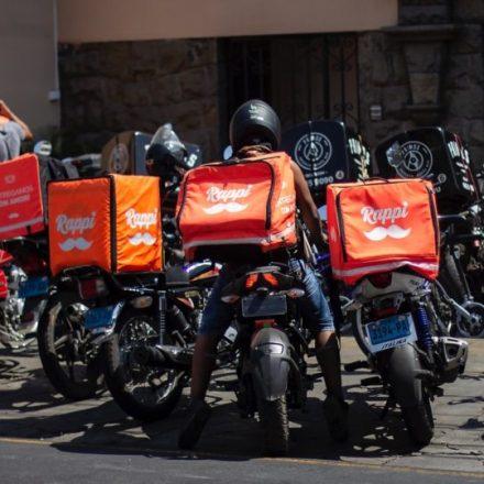 Procon notifica empresas envolvidas em caso de morte de entregador em SP