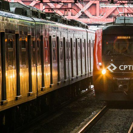 """Estações da CPTM participam da campanha """"Meias que aquecem o coração"""""""
